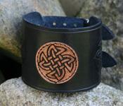 Lederarmband mit Keltischem Knoten