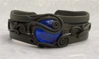 Armreifen mit Glas (rund blau)