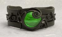 Armreifen mit Glas (rund grün)