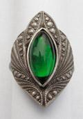 Fantasy Ring mit Glasstein